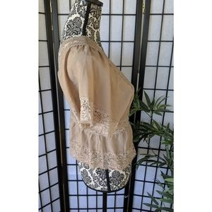 Forever 21 Tops - Lace Crop Top Button Up Beige Forever21 M